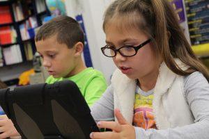 Kids tackling fake info